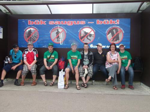 11 šeimynos išvyka traukiniu į Mažeikius
