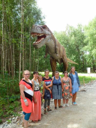 16 šeimyna Dinozaurų parke2