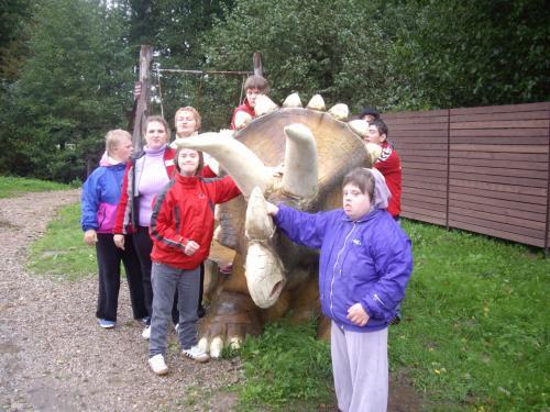 17 šeimyna Dinozaurų parke2