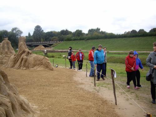 17 šeimyna Smėlio skulptūrų parke3