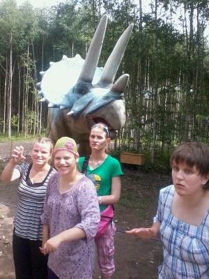 18 šeimyna Dinozaurų parke2