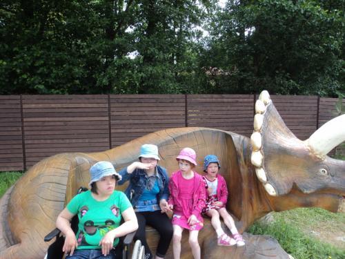 8 šeimyna Dinozaurų parke1