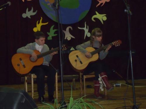 Gitaristų duetas