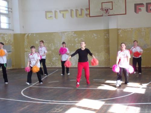 Linksmosios šokėjos