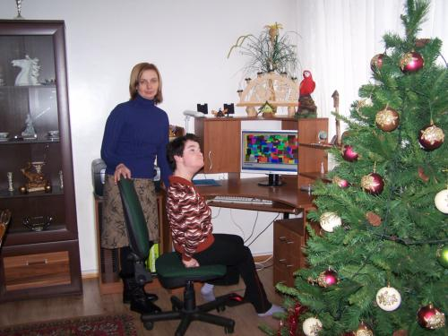 Pabradės SGN dalyvė Diana su soc. pedagoge Vida