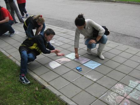 Piešiame ant asfalto