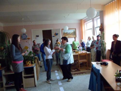 Svetlana ir  socialinė darbuotoja užimtumui -  meninei veiklai Staselė