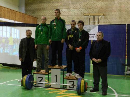 Svorio kategorijos iki 75 kg nugalėtojai