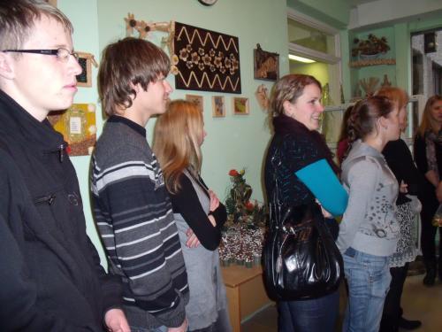 Ventos gimnazistai floristikos kabinete